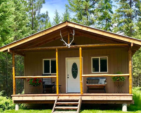Trout Creek Cozy Cabin