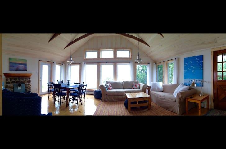 3 Bedroom Beach House