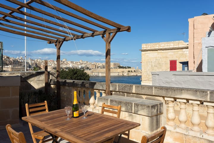 Traditional Maltese Townhouse Roof Terrace + Views