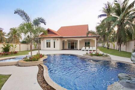 THTHHPAT430 - 4 Bedroom Villa with Private Pool - Muang Pattaya - วิลล่า