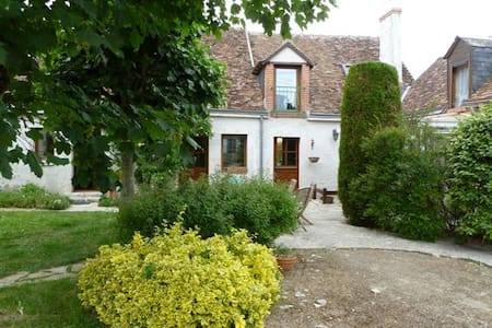 FERMEPESCHARD - Séris - Bed & Breakfast