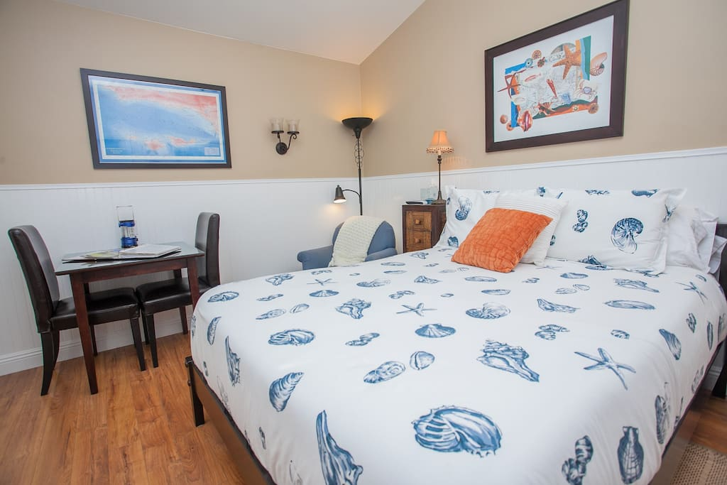 Butterfly Beach Cottage w/New Spa!
