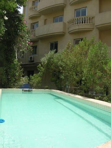 Rooms in a villa for rent - Al Abageyah - ที่พักพร้อมอาหารเช้า