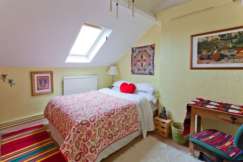 Other double bedroom available - see other listing