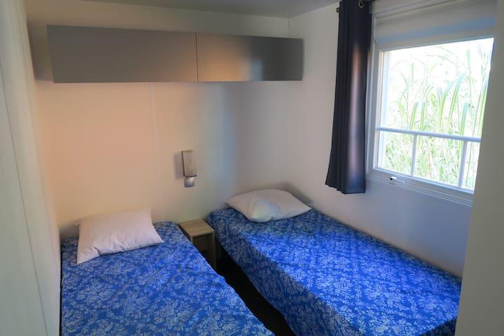 Mobilhome 2 chambres - L'Aiguillon-sur-Vie - Domek parterowy