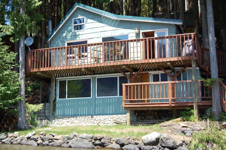 Sweet Cabin On Lake Cavanaugh