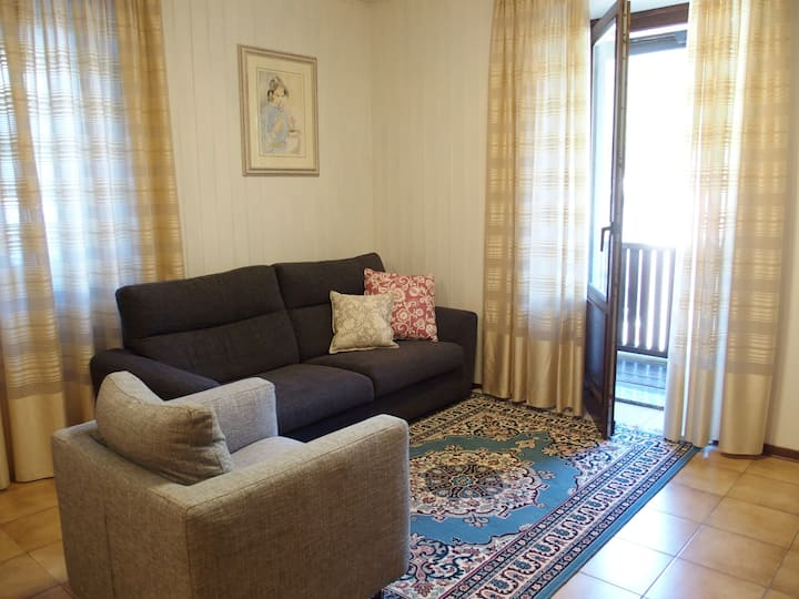 Spacious and bright apartment in Val Rendena