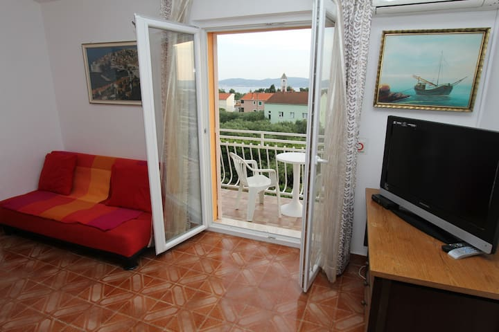 Nado- Comfort Two Bedroom with Balcony & Sea View