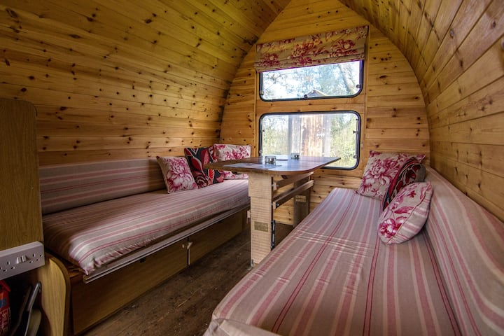 Eco Pod - Caban Bach - Cosy wooden cabin for 2