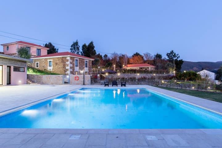 Deville Luxury Retreat Villa 1