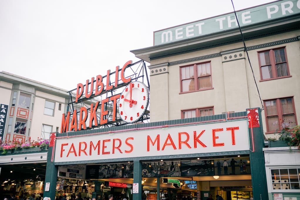 10 Min Walk to Pike's Place