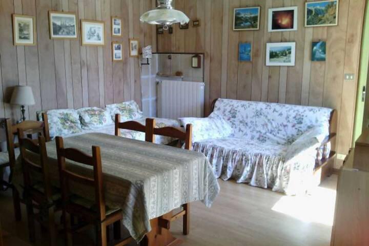 Confortevole appartamento in tranquilla borgata
