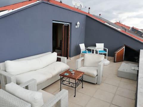 דירה 2 +1 עם מרפסת
