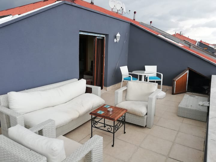 2 + 1 apartment with terrace