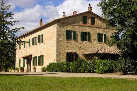 Podere Santa Cecilia - Province of Siena