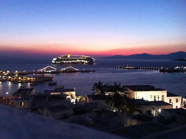 Panoramic view of the port - Mykonos - House