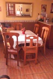 Habitación con desayuno - Lodosa