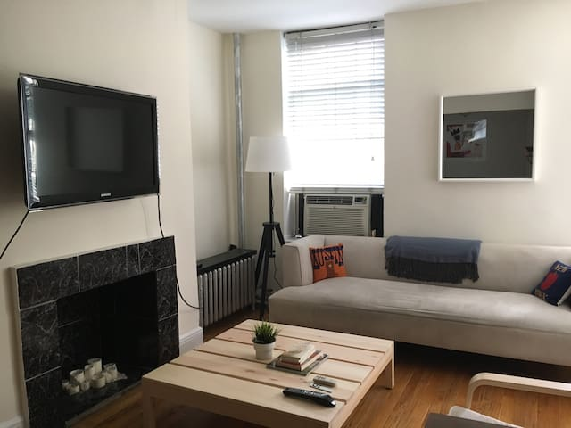 Cozy studio in the heart of Greenwich Village