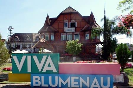 Conforto perto do centro - Blumenau
