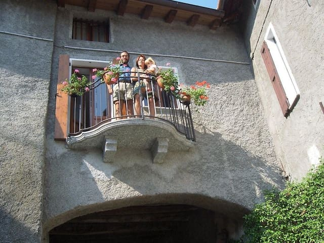 The Little House on The Bridge