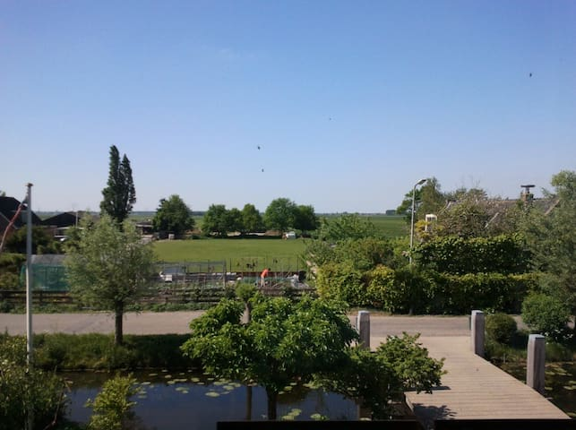 Room with view over the Green Heart - Koudekerk aan den Rijn - Bed & Breakfast