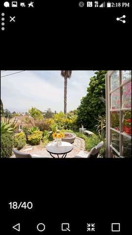 Hollywood Hills Private Bed & Bath W/ Views!!