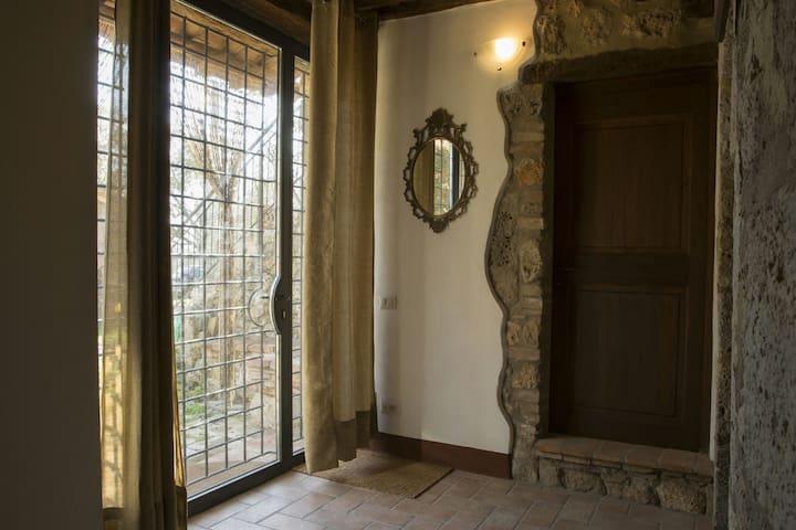 Bilocale dal sapore medioevale - Siena - Lägenhet