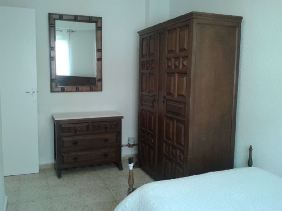 Habitación dormitorio totalmente equipada