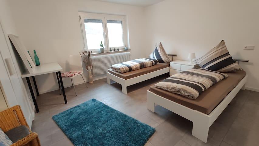 Gemütliches Doppelzimmer in 3-Zimmer Wohnung