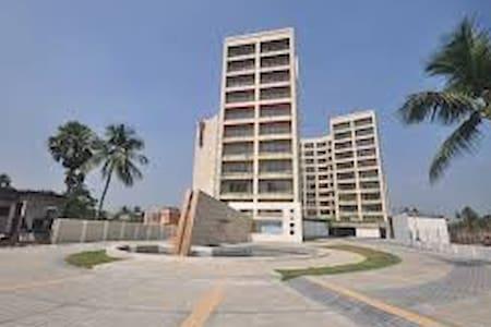 Siddha Xanadu Condominium