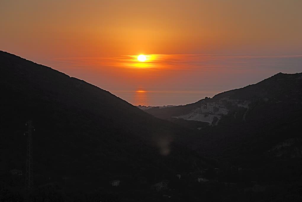 Sonnenuntergang über San Vincenzo