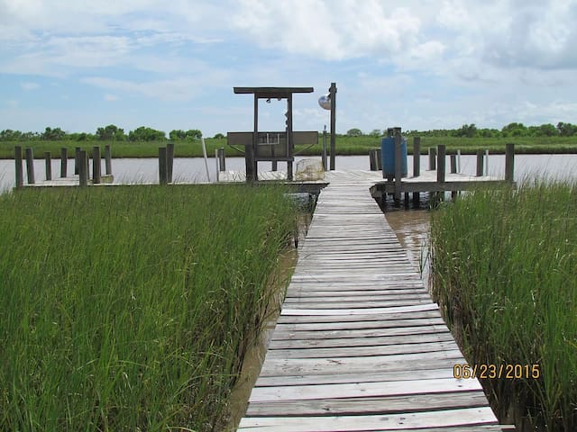 Pier from house to creek