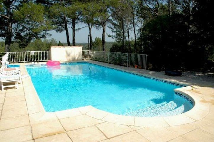 Lovely holiday home with nice pool
