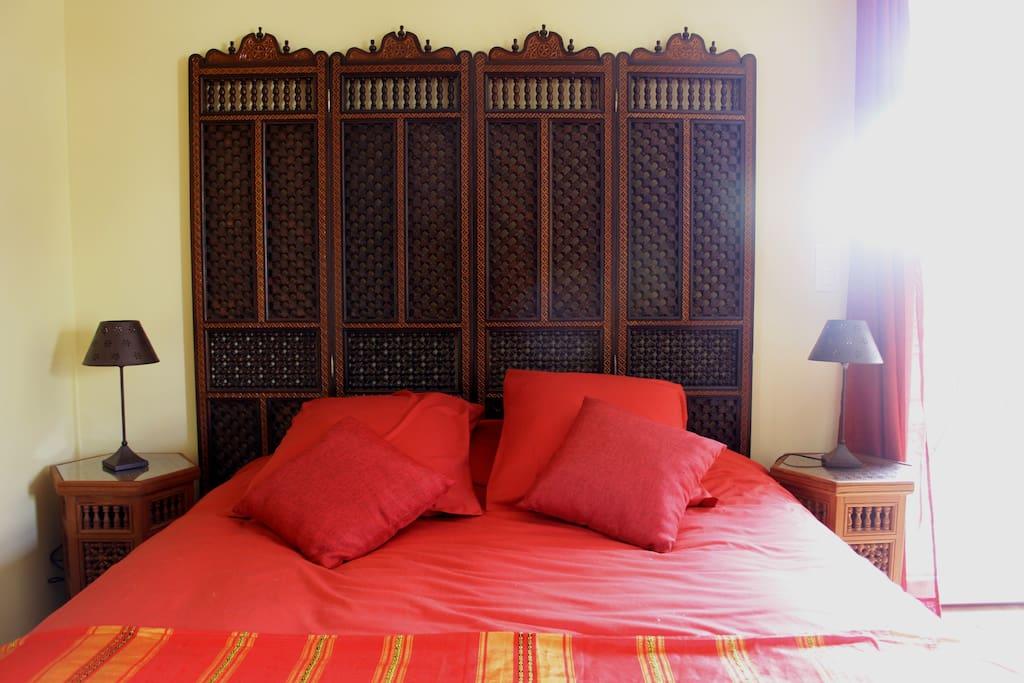 l 39 orient charmant studio meubl appartementen te huur in nantes pays de la loire frankrijk. Black Bedroom Furniture Sets. Home Design Ideas