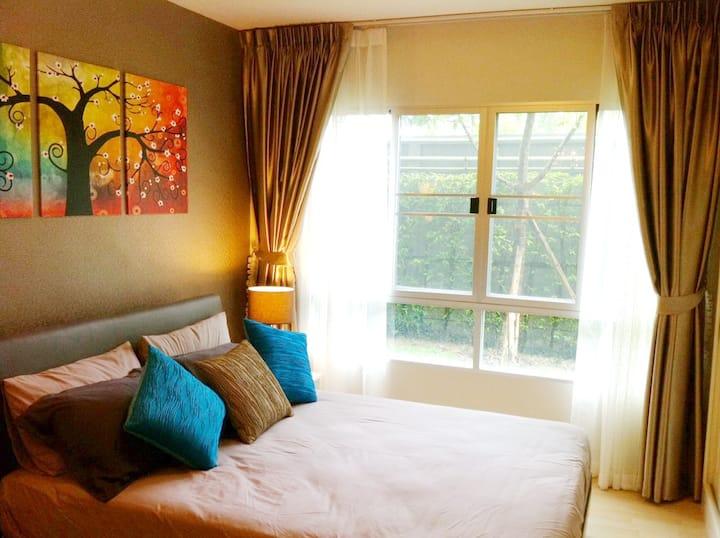 """Restful"" in natural atmosphere garden view room."