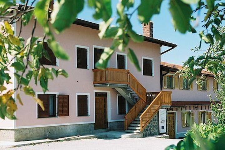 Single room in Nova Gorica on a farm stay