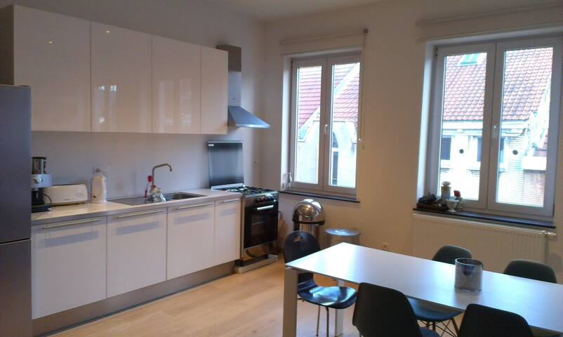 Charming appartement at Flagey - Ixelles - Apartemen