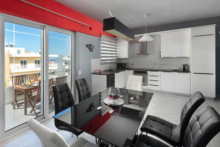S&A Amazing Sea View Apartment