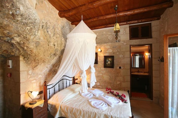 Luxurious stone cave in Crete