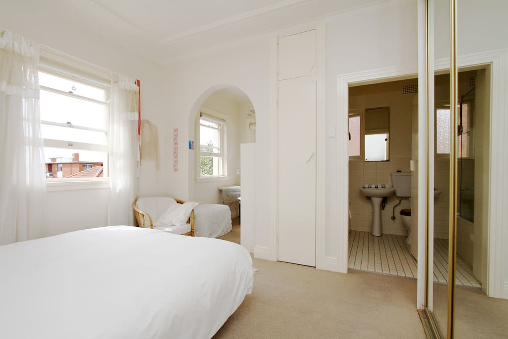 Bedroom with queen size bed, sea breezes and plenty of wardrobe space