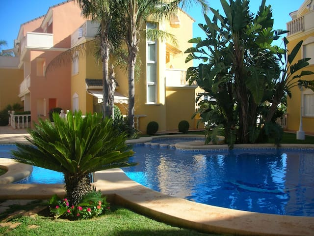 Luxury appartment 50 mt. beach Denia-wifi -garage