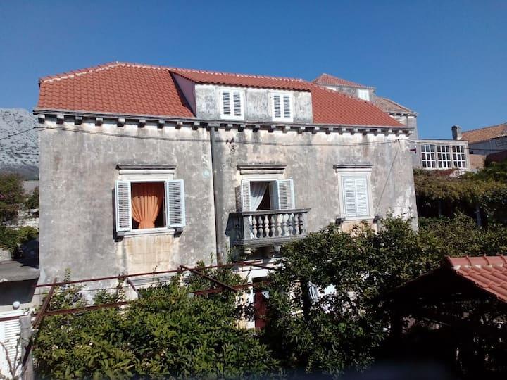 Villa Lia- rooms for rent 6 persons