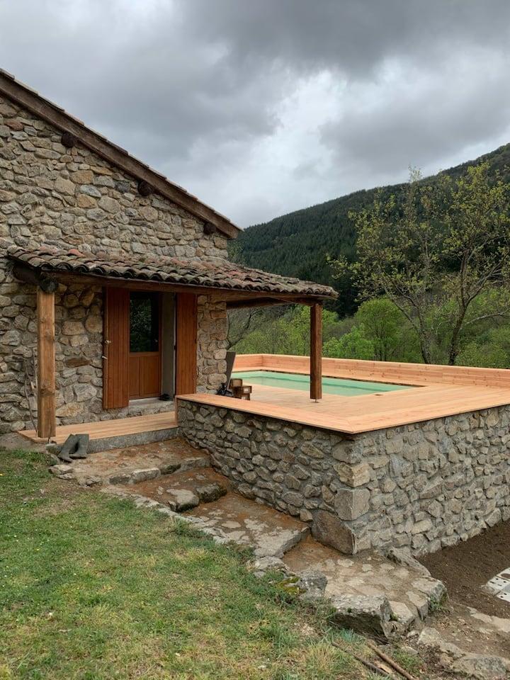 Petite maison en Ardèche
