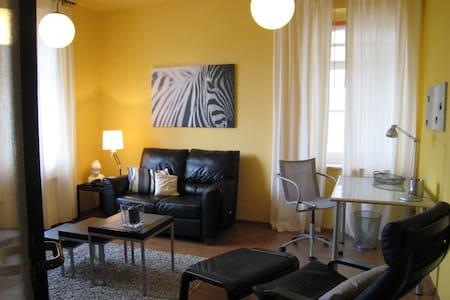 liebevoll eingerichtetes Apartment - Bitterfeld-Wolfen