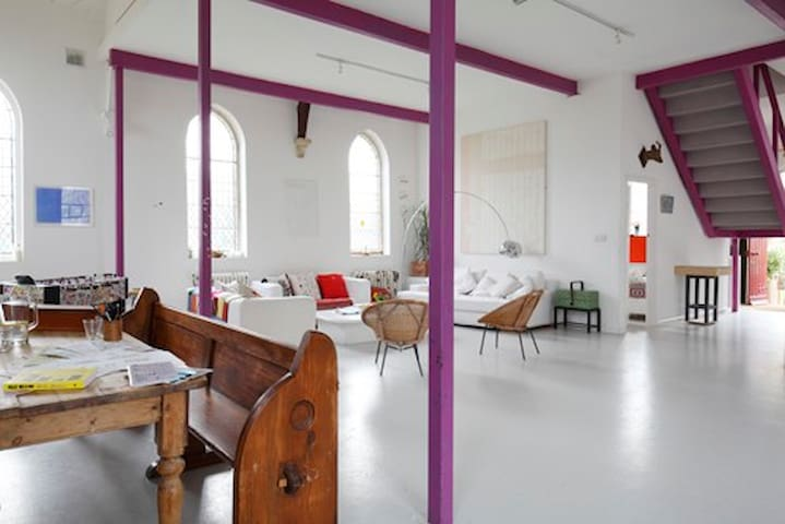 Unique Designer Chapel Conversion  - Wellingore - Casa