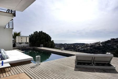 Modern villa to rent near beach - Urb Vistamar Sant Cebrià de Vallalta