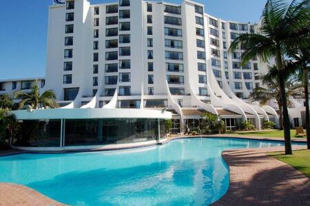 Breakers Resort Luxury Studio Apartment 414 - Umhlanga