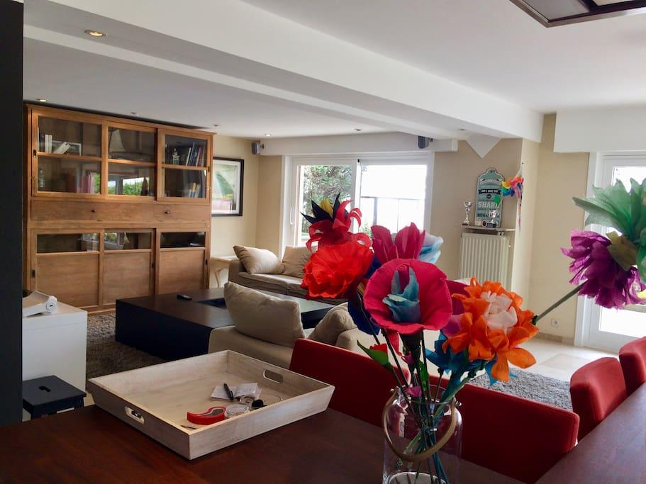 Grand appartement avec terrasse jardin proche mer for Appartement a louer avec jardin bruxelles