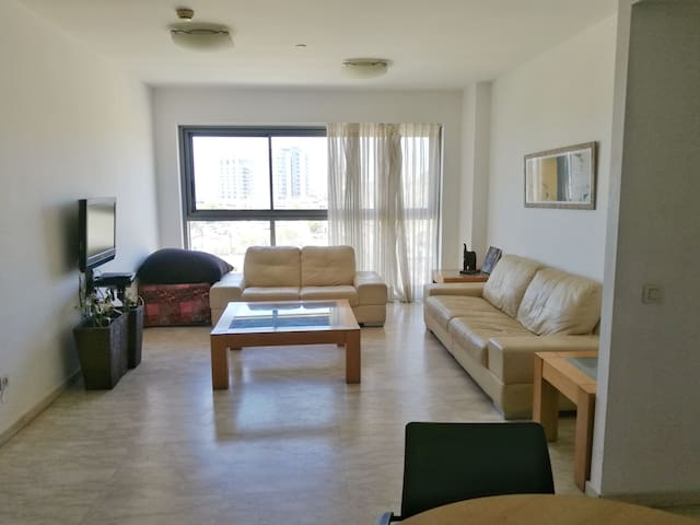 R Two bedrooms apartment in Okeanos Bamarina