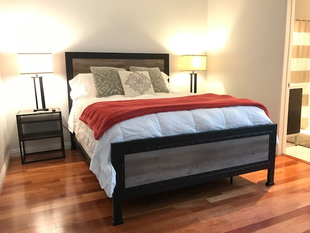Brand new furniture, mattress and bed linens as of today, September 2019 in your room